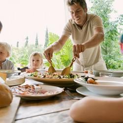 Семейна вечеря