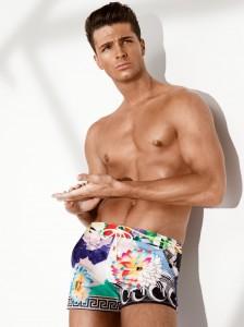 Versace-Beachwear-SS13-man-look-300dpi.jpg