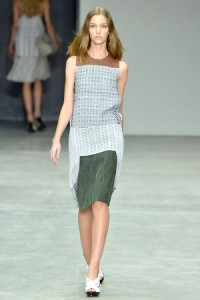 calvin-klein-spring-2014-sleeveless-dress-profile