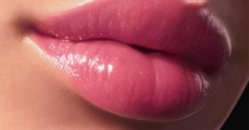 Обемни устни без хирургическа намеса!