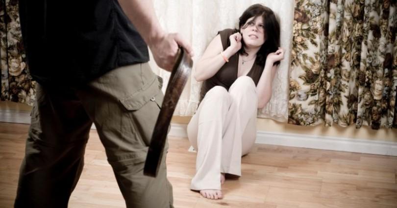 Как да помогнем на дъщеря си да не се омъжи за агресор?