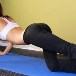 Топ 5 упражнения за повдигнато и стегнато дупе
