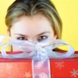 Какво да подарим на любимите си хора за Коледа?