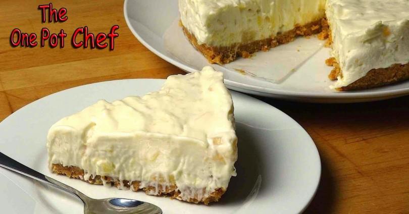 Лесна и бърза рецепта за торта с ананас – с видеоурок
