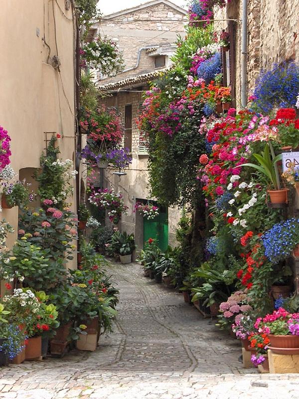 светя Италия