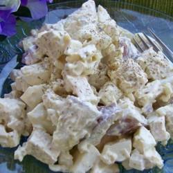 Картофена салата с пиле и гъби