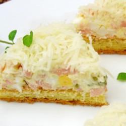 Вкусна солена торта
