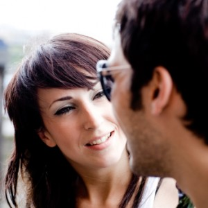 How-to-attract-a-guy-Woman-talking-to-a-guy-and-not-showing-much-interest