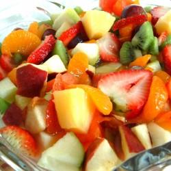 Лека лятна плодова салата