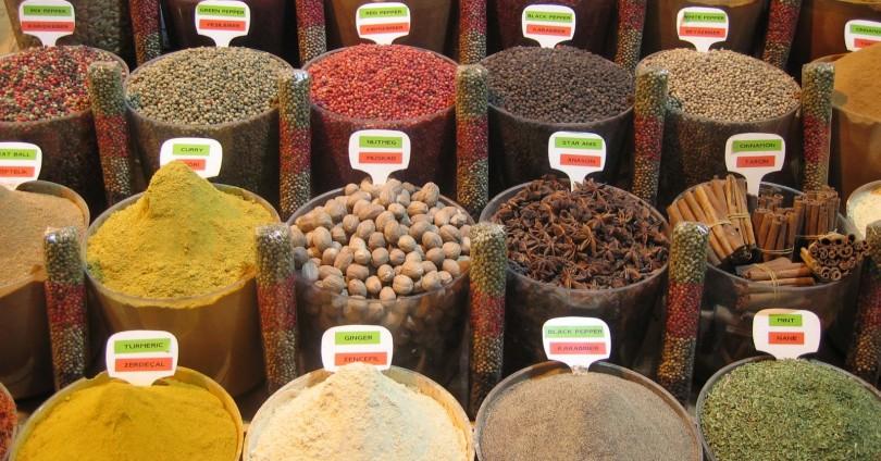Как да съхраним подправките – сушене