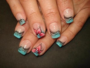 interesting-french-manicure-with-flowers-10