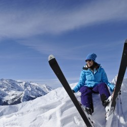 Карането на ски – най-добрият спорт през зимата!