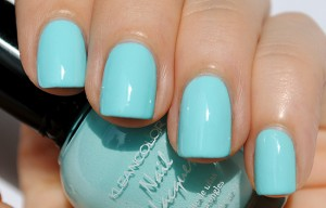 Pastel-Teal-Nail-Polish-Swatch-Klean-Color