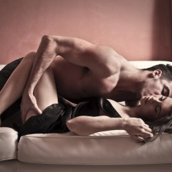 5 изпитани начина, с които да увеличите либидото във връзката!