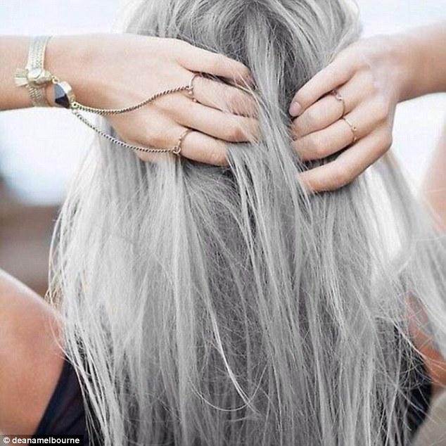 сиви коси