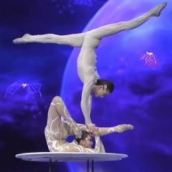 Уникално акробатично шоу ще ви остави без дъх