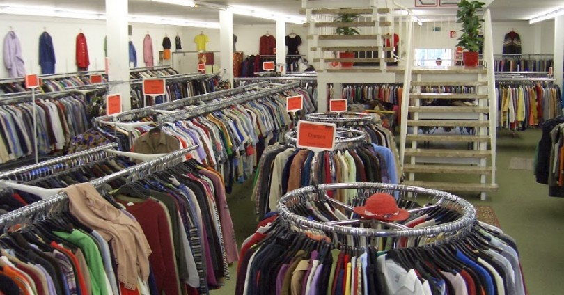 Пазарувате ли дрехи втора употреба?